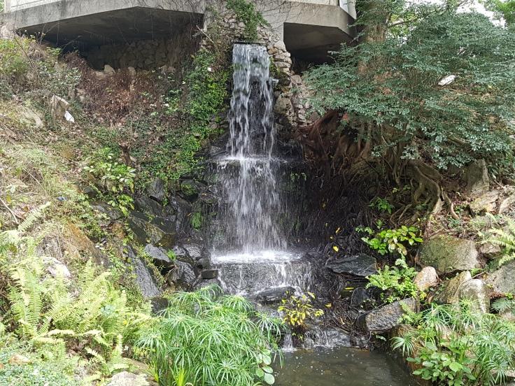 20170318_151944 HK Waterfall
