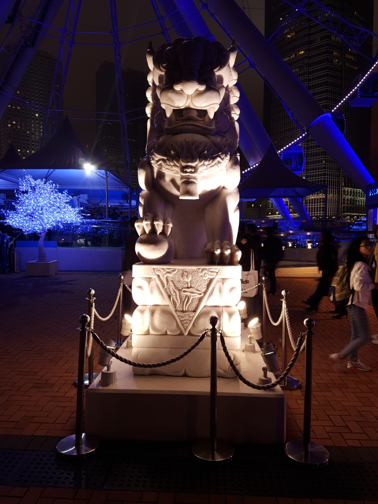 20170318_192604 Taste of HK Statue